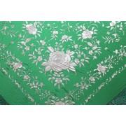 Silk Shawl 140x140cm Verde Bordado Beige