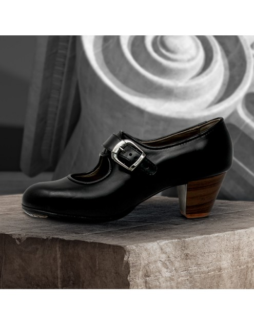 Lola 39 A Leather Negro Cubano 5 Visto